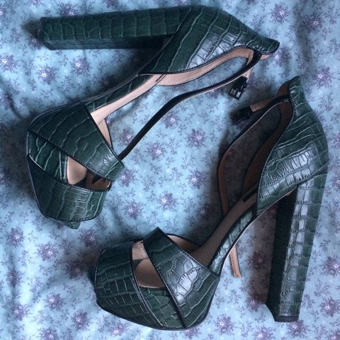 bb614bb4b793a Gorgeous Topshop green high heels perfect for a night out . - Depop