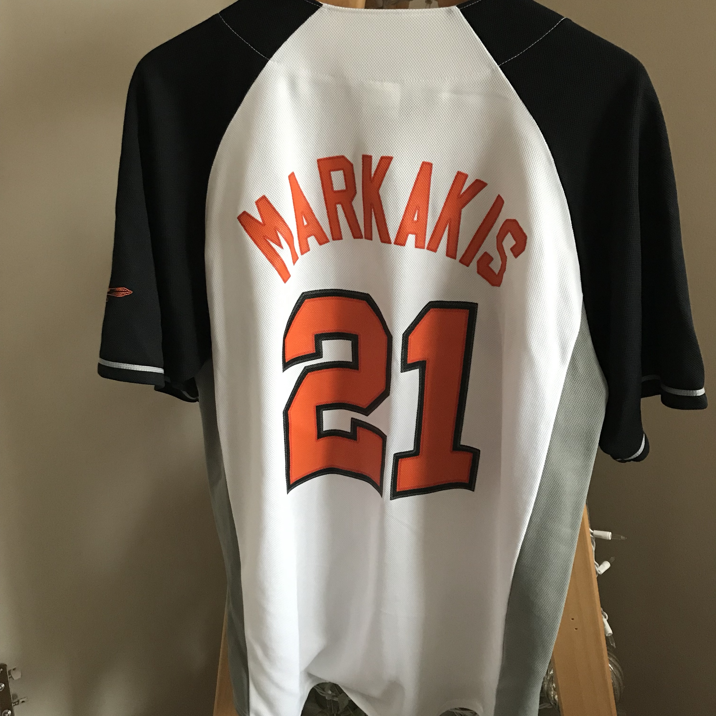 pretty nice 5616c 3a649 Orioles Large Nick Markakis Jersey. No signs of... - Depop