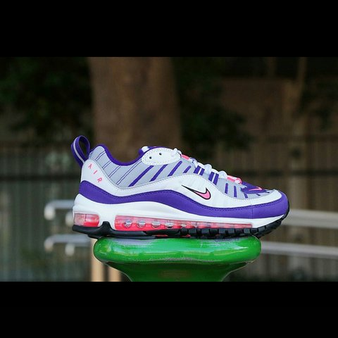 quality design 735c2 f5e18  crepzworld. 4 months ago. London, GB. NIKE AIR MAX 98 OG WHITE RACER PINK REFLECT  SILVER