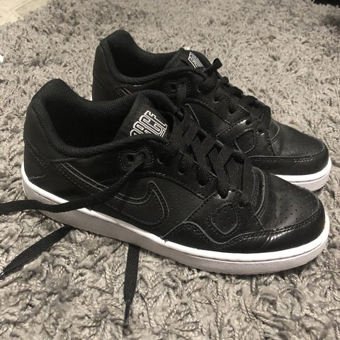 ef73da7d2e28 Air Force sons of force nike shoes. Have slight wear