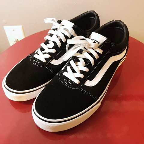 hot sale online 77a60 b94b7 Old school vanz worn twice- 0