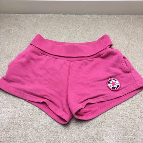 1d6be43364e0 Bright pink