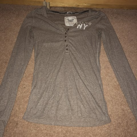 246ab71e3446 Abercrombie and fitch, size medium top. It's quite a thin - Depop