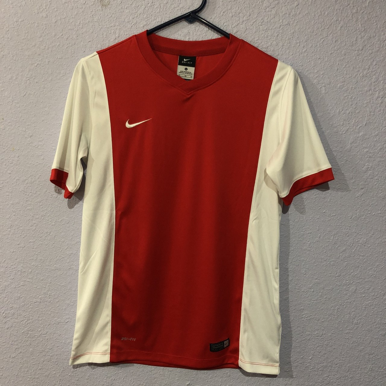 c7c108e56 Nike Soccer Jersey (Red White) It is actually a boys size it - Depop