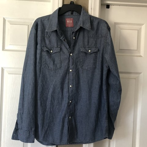 eacbfefd @theatermom821. 10 days ago. La Habra, United States. Free Shipping!!! Wrangler  jeans long sleeve NWOT sized in Men's ...