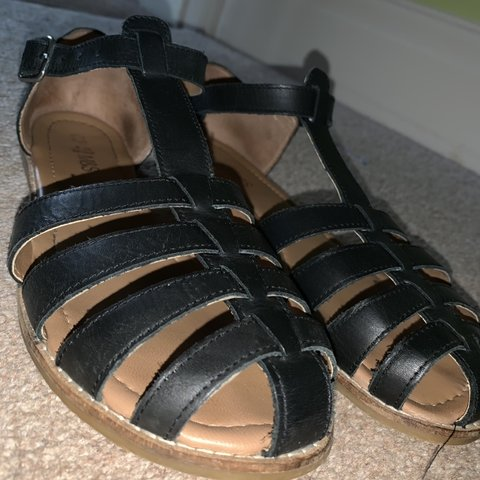 a9f884e92a60 M S Girls Sandals UK Size 6. Great condition
