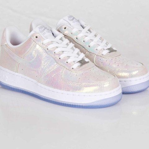newest 76c66 3d3ba limited edition  Nike iridescent pearl- 0
