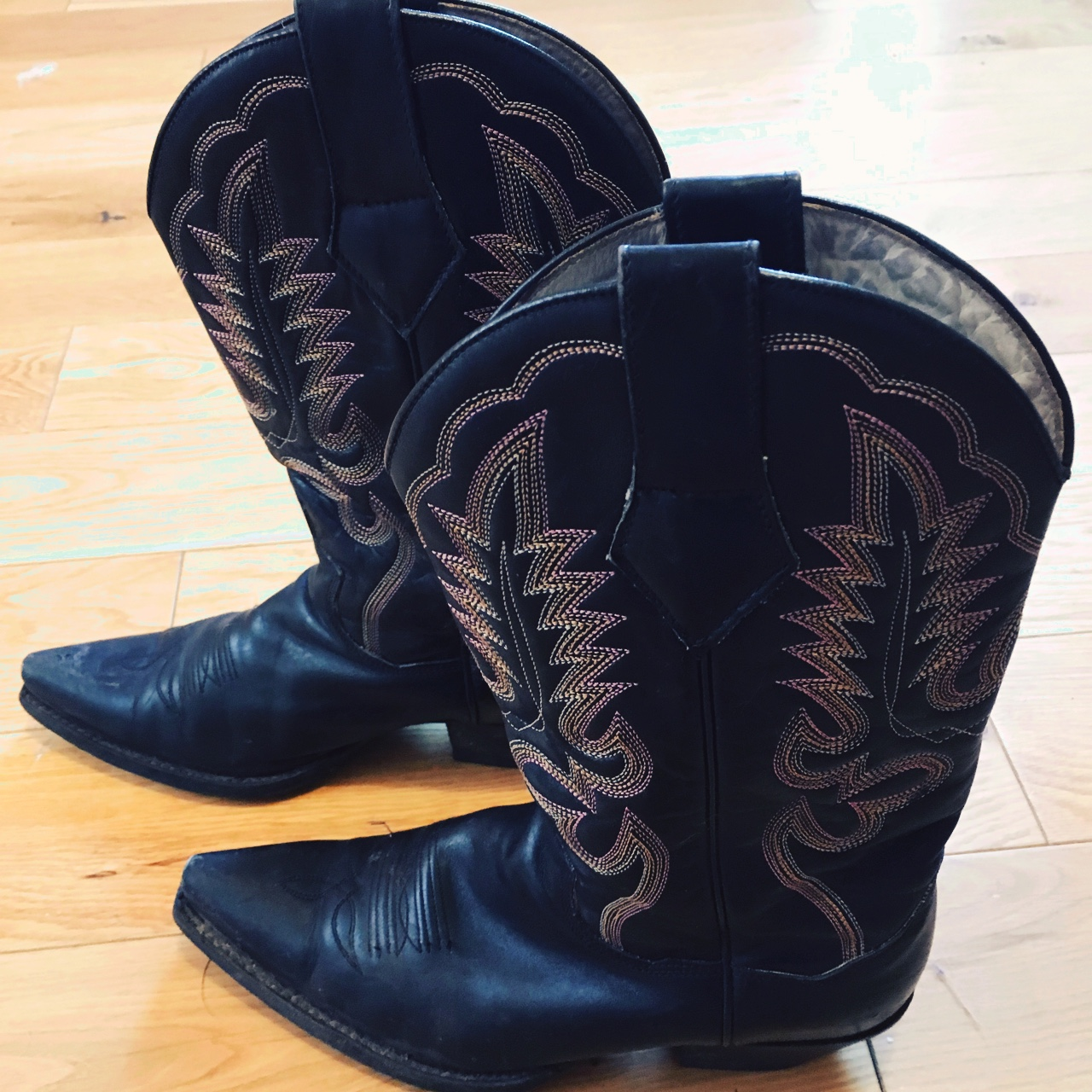 117588d468d Judy Rothschild for R Soles cowboy boots in UK size... - Depop
