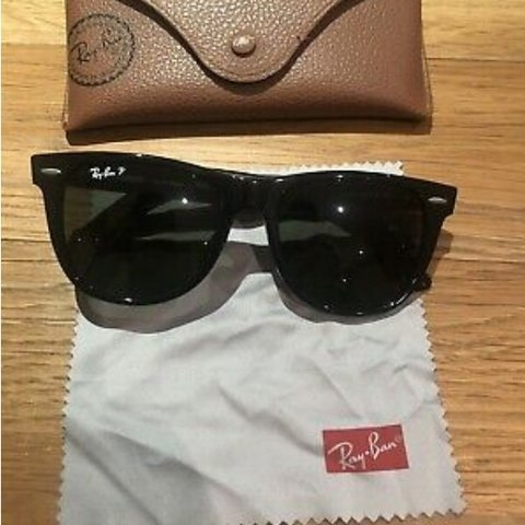 473db9562 @estcici. 19 days ago. London, United Kingdom. Ray Ban Wayfarer Polarised  ...
