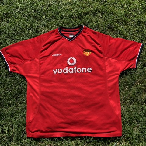 bc56daab169 Manchester United Umbro Jersey • size  XXL • great condition - Depop