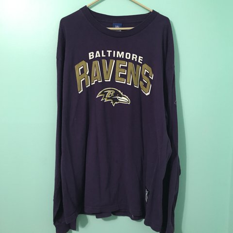 b872c1f60d7 @thethriftingfam. 2 years ago. Westminster, United States. Baltimore Ravens  long sleeve t-shirt.