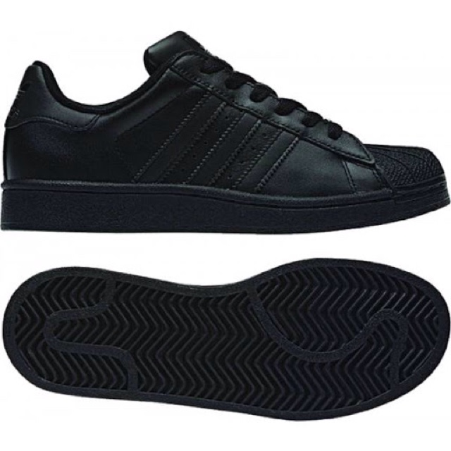 05778969 Black adidas shell toe. size 5. worn once. Perfect... - Depop