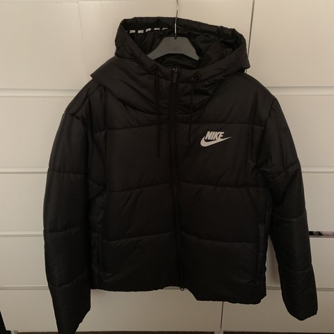 b41c6da35 @annz100. 2 months ago. Stockport, United Kingdom. Women's Nike padded coat.  Size XL. Perfect condition ...