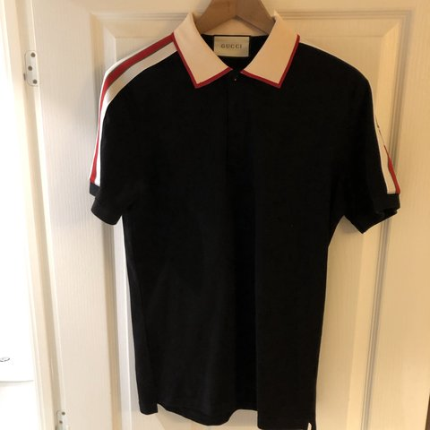 e6987bd21f0 Gucci Polo !! Summer Look!!! Size XL but I d say it fits an - Depop