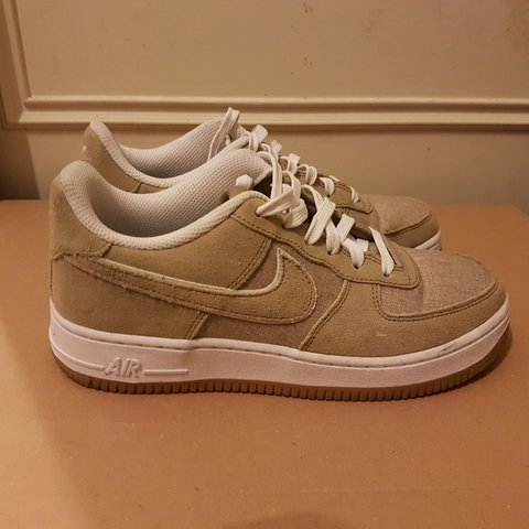b37934e162afa6 Air Force 1 Low Khaki- Size 5 Shipping included in the Worn - Depop