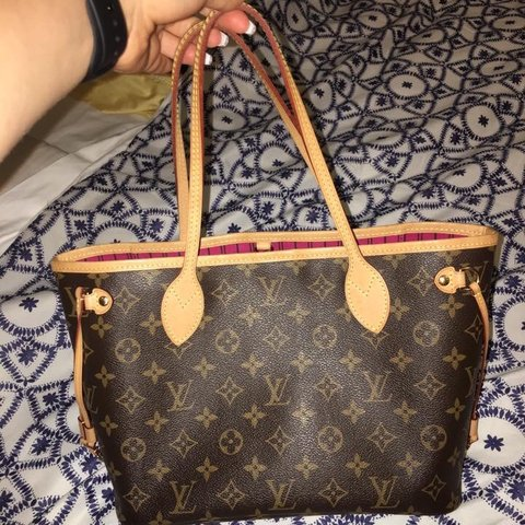 4ffc9bcf4 @tngilbert0419. 3 months ago. United States. Authentic Louis Vuitton  Neverfull Pm ...