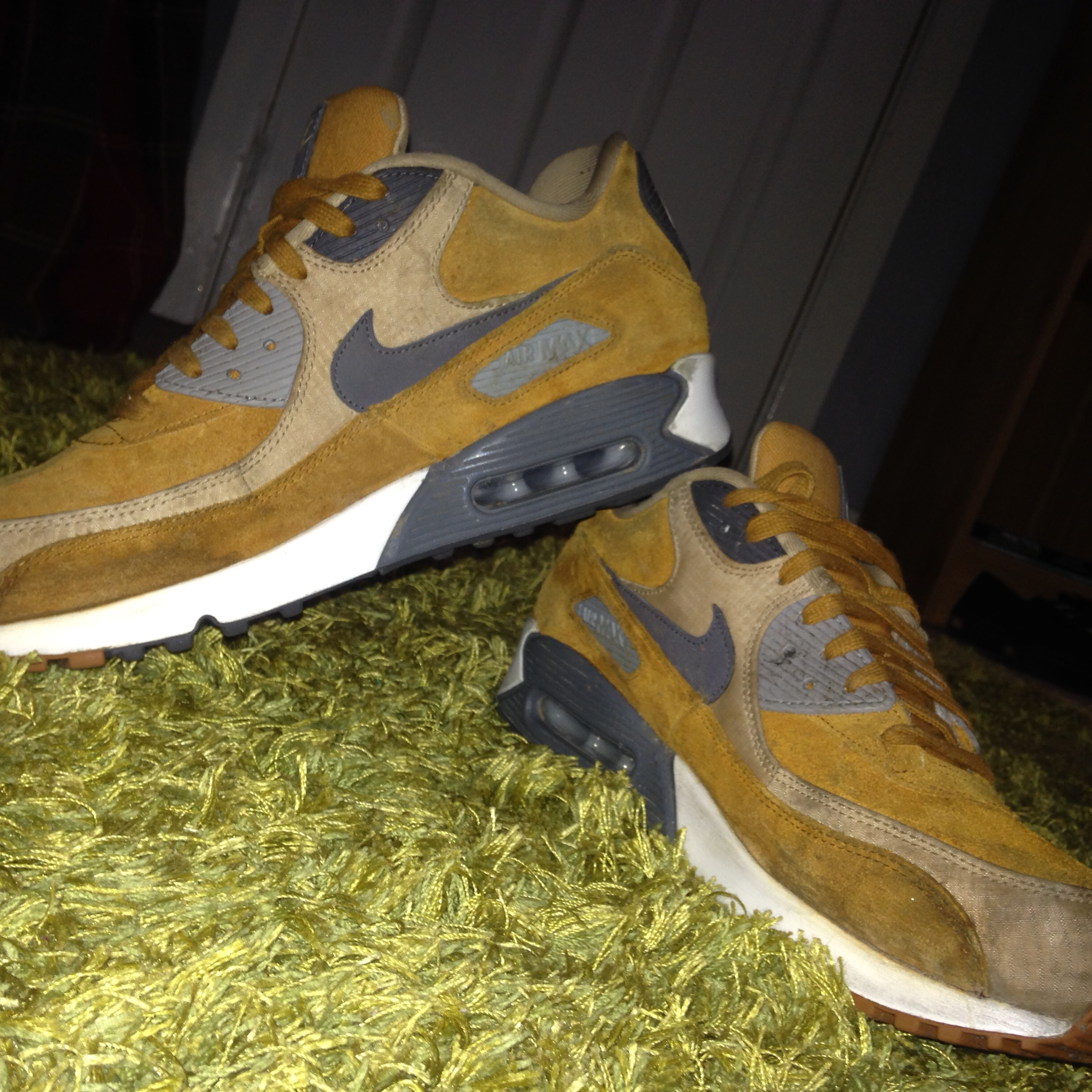 Nike air max 90 ICE Halloween | size 9.5 | PM me Depop