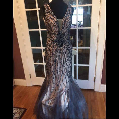 4472230767 Jovani Prom Dress Size   Tag says 10