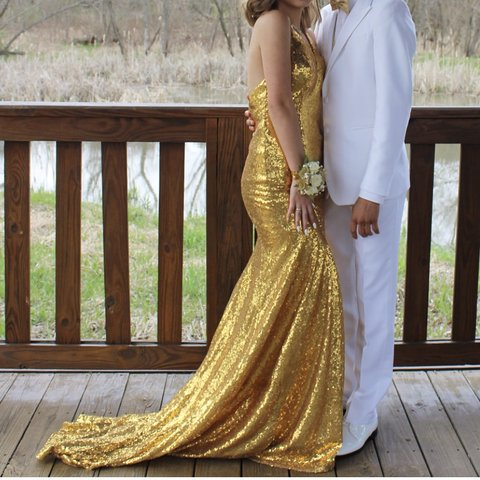 a4cce49663c3 @selenadaqui. 9 months ago. Pickerington, United States. gold sequin,  mermaid style prom dress!! ...