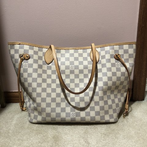 13c7c06ca955  maryttt. 5 hours ago. United States. Louis Vuitton neverfull MM Damier NO  DUST BAG