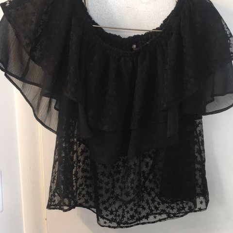 0c90ee34f3d360 Zara star printed top- only worn once. Worn off the shoulder - Depop