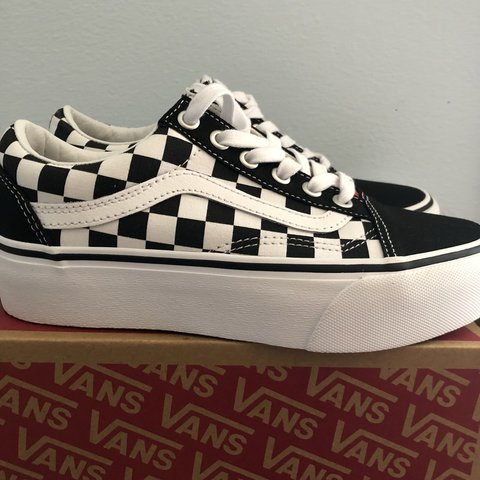 31a90a8261053e Vans + UO old skool platform sneaker size 6. New. Never red - Depop