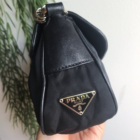 dfe868fafbe7 Prada handbags authentic Pradahandbags Prada handbags in
