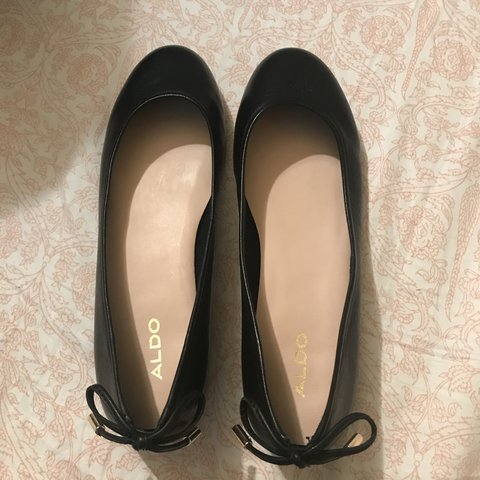 3cfbd7f9a1e6 Black brand new aldo shoes with a bow in the back. Never for - Depop