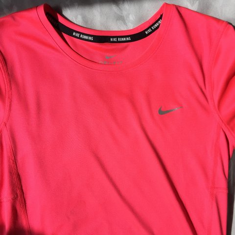 4c06f570 Nike running dri-fit neon pink T-shirt Perfect condition XS - Depop