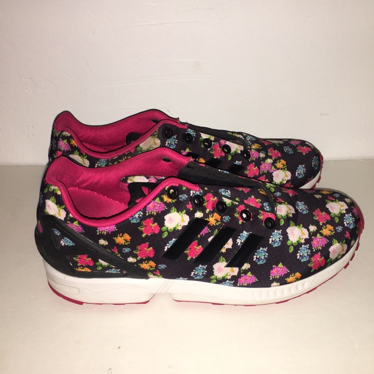 best sneakers 56132 a457b Adidas Zx Flux Black/Pink floral design Men's 7 /... - Depop