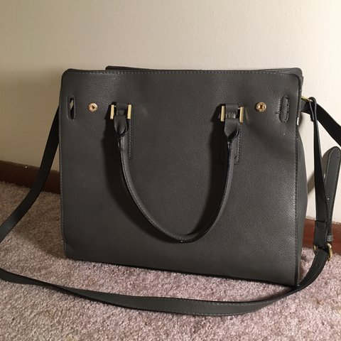 567542443a charcoal gray faux leather purse from old navy. barely ever - Depop