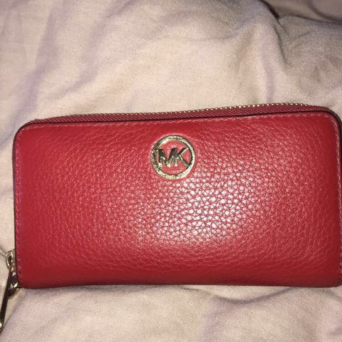 40aa502e04d9 @smcenhill1. last year. Paisley, United Kingdom. Excellent condition used red  leather Michael kors purse. Genuine item ...