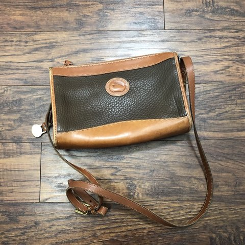 8a04e7067 @souldreamingvintage. 4 months ago. Olympia, United States. Vintage Dooney  and Bourke crossbody ...
