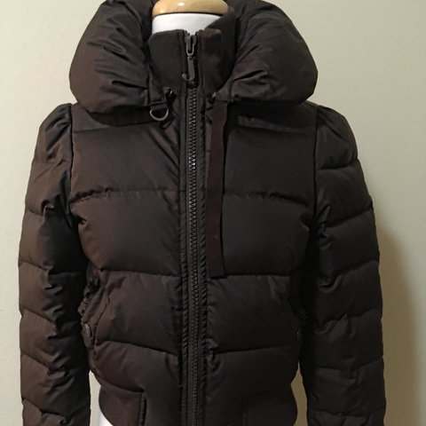 708180c48dfd Juicy Couture puffer jacket Chocolate brown short puffer at - Depop