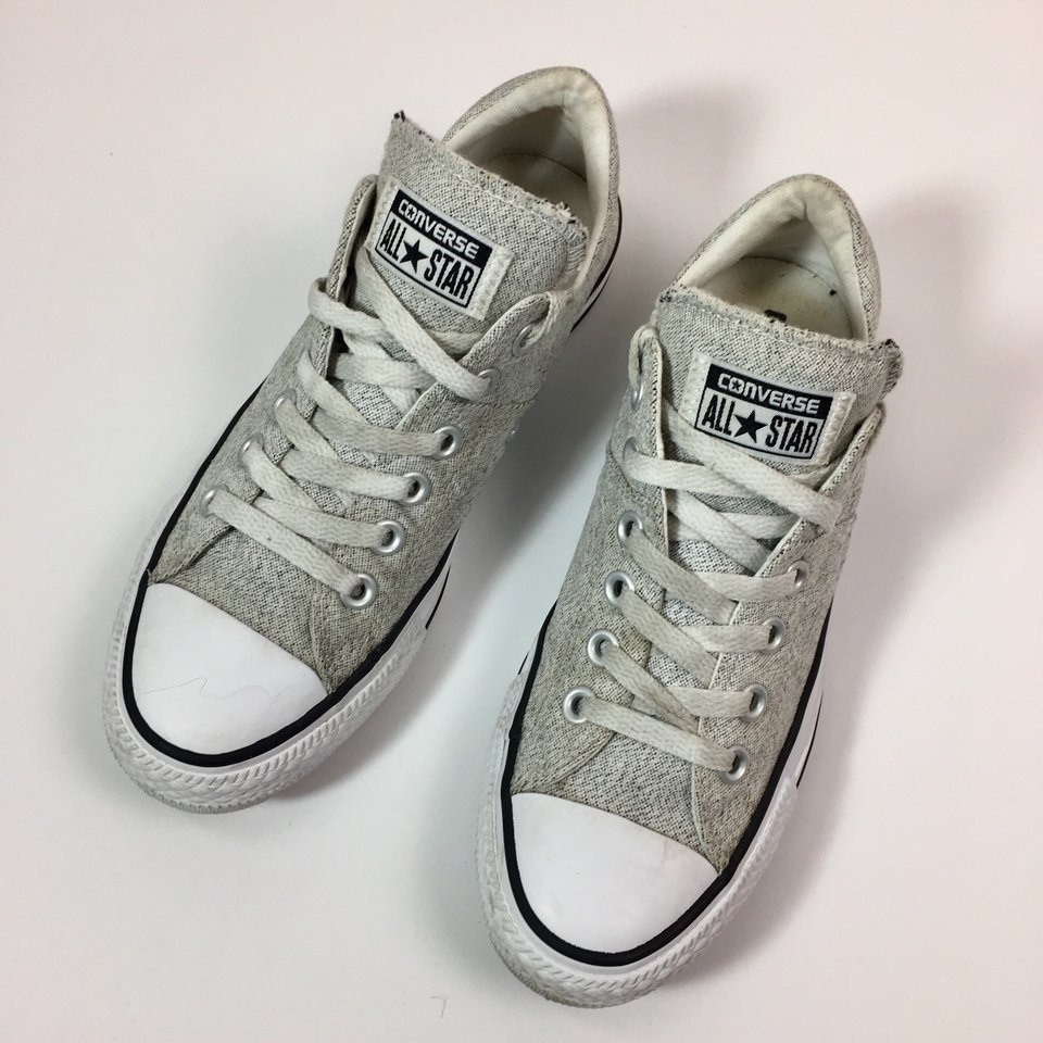 Converse Low Tops with Padded Tongue