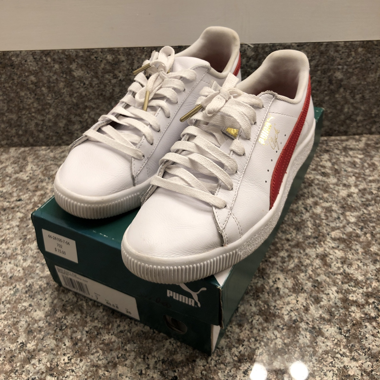 best loved 0e8c3 3b6e0 Men's Puma Clyde Core Foil White/Red (White-Barbados... - Depop