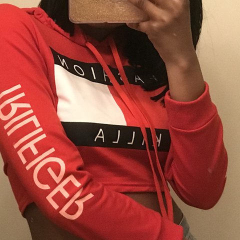 "4cd72ebfa54152 @hoodv0gue. last year. United States. 🍓 really cute cropped tommy  ""trillfiger"" fashion killa hoodie ..."