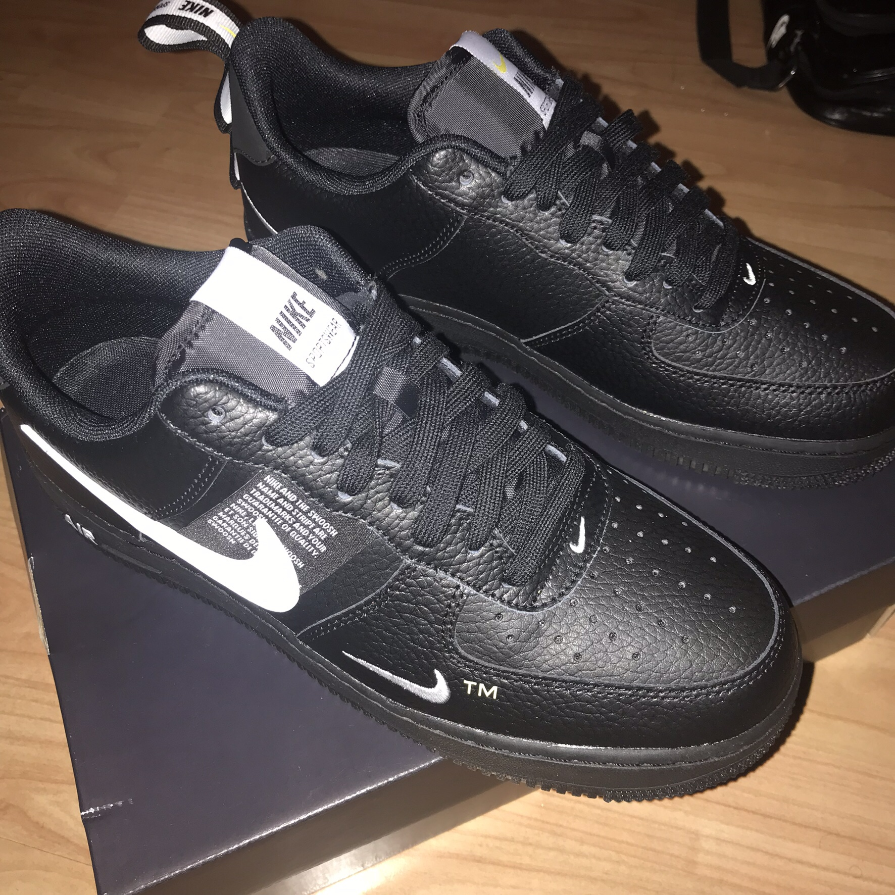 bbe61483 Nike Air Force 1 Utility Brand New DEADSTOCK Black... - Depop