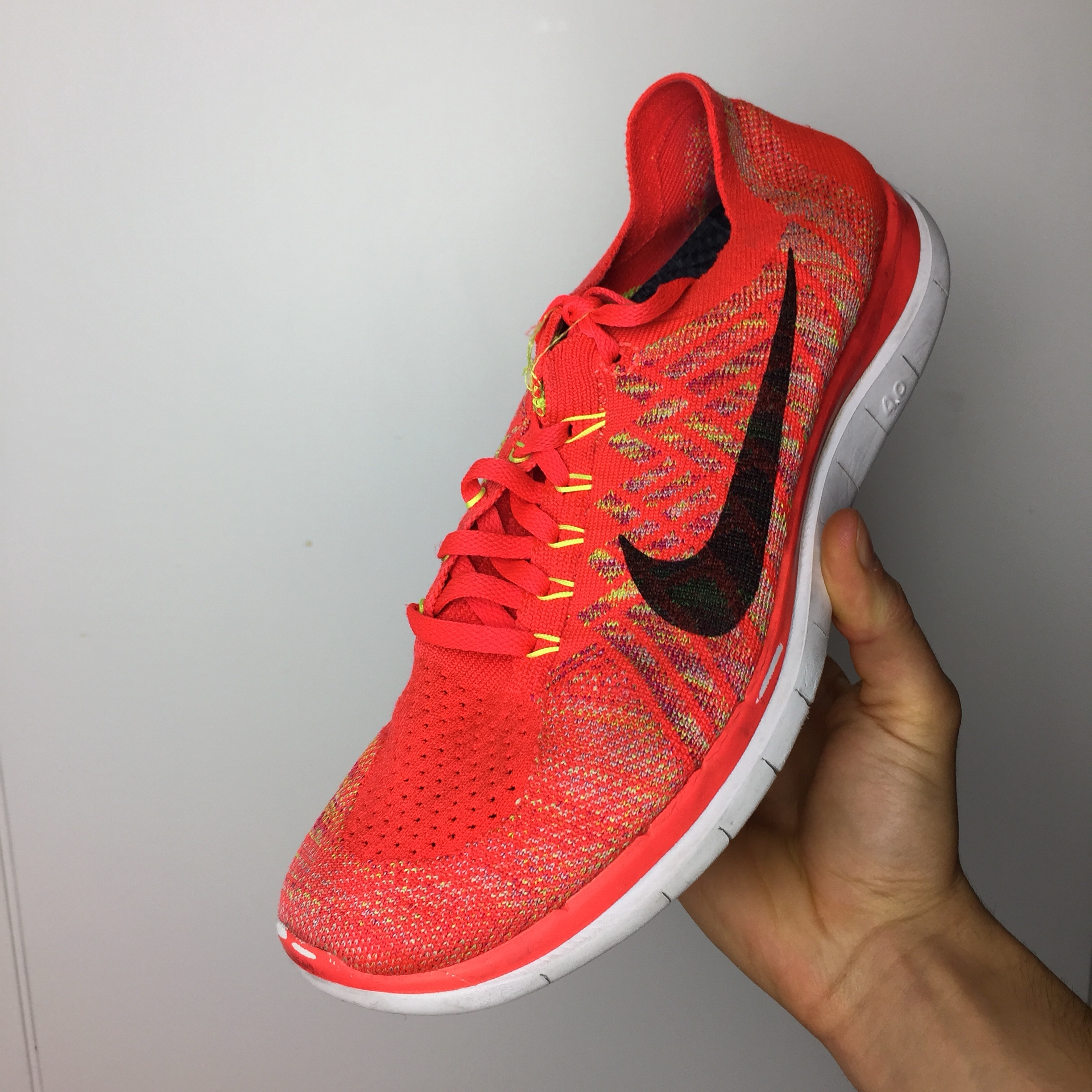 Nike running shoes rosse fluo con scatola, Taglia Depop