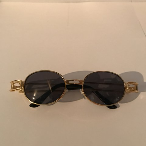 06c544436226  ybnstore. 10 months ago. United Kingdom. Migos style oval sunglasses.  Brand new. Gold frame