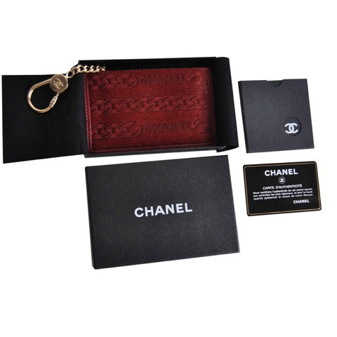 87618321a4d012 @poochie1980. last year. Apeldoorn, Netherlands. Chanel small zipped wallet/ card-coin ...