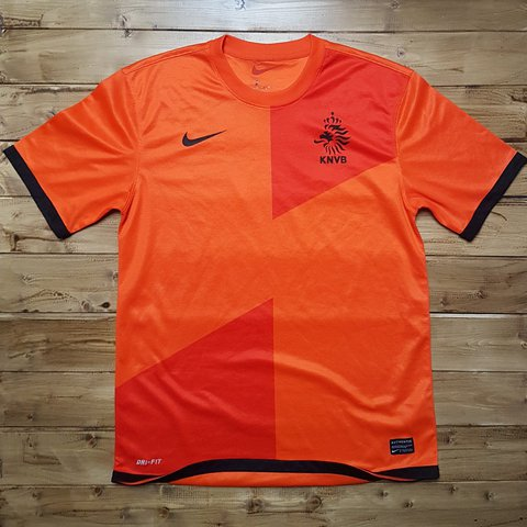 13042ef1d1d Mens Medium Netherlands Holland football jersey -good label - Depop
