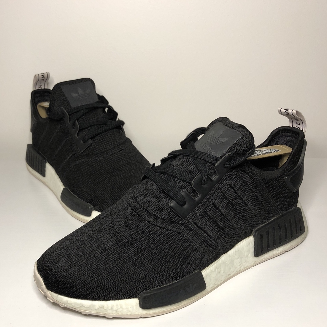 Free Delivery Adidas Nmd R1 Womens Black And White Off78