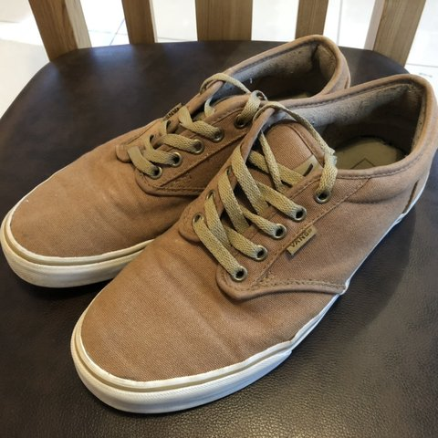 Vans winter shoes beige brown men s size 8.5 winter thick - Depop d5e83ad1b