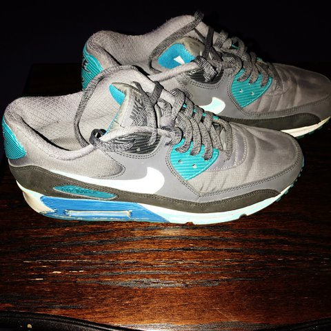 pretty nice 743aa d0848  0riginaljai. yesterday. Birmingham, United Kingdom. Men s size 9 Nike Air  Max sport trainers ...