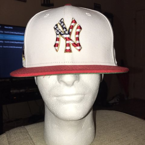dafeae0b9ab79 2018 FOURTH OF JULY STARS AND STRIPES NEW YORK YANKEES CAP 7 - Depop