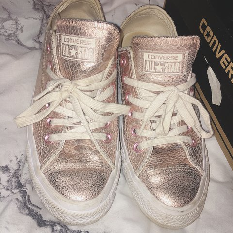 9d9bad73f8bf9a Rose gold leather converse Uk 5 barely worn Not sure if I - Depop