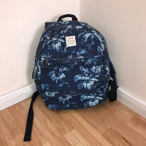 3cd4cf2b5b4a34 @bethanyti. 10 months ago. Chelmsford, United Kingdom. Jack wills tropical  print rucksack/bag/ backpack only used ...