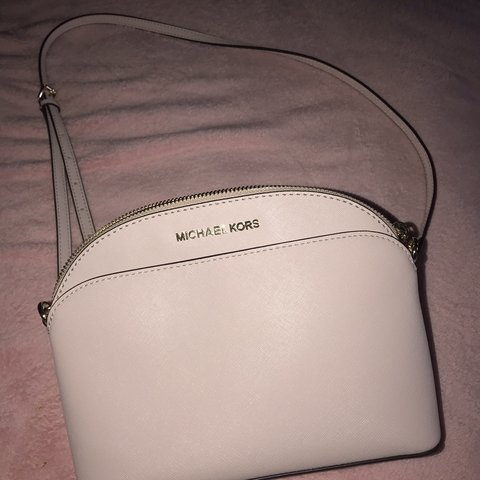 ff6646fcfdf0 @danica_sweeney. in 19 hours. Glasgow, United Kingdom. Baby pink Michael  Kors Shoulder Bag. Never been used ...