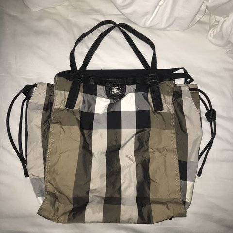 6d6f62769710 Burberry Nylon Buckleigh Packable Tote received as a gift